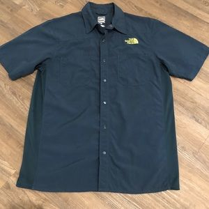 THE NORTH FACE Blue Snap Button Up Shirt